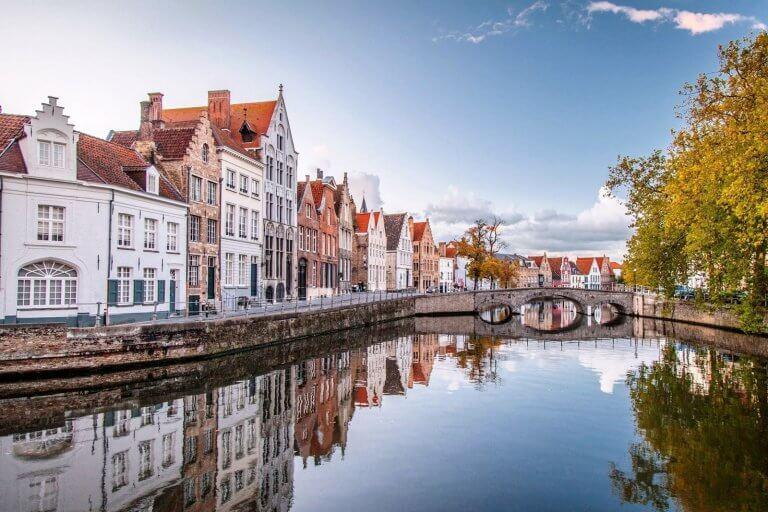 Самостоятельное оформление визы в Бельгию: список документов, заполнение анкеты, требования к фото