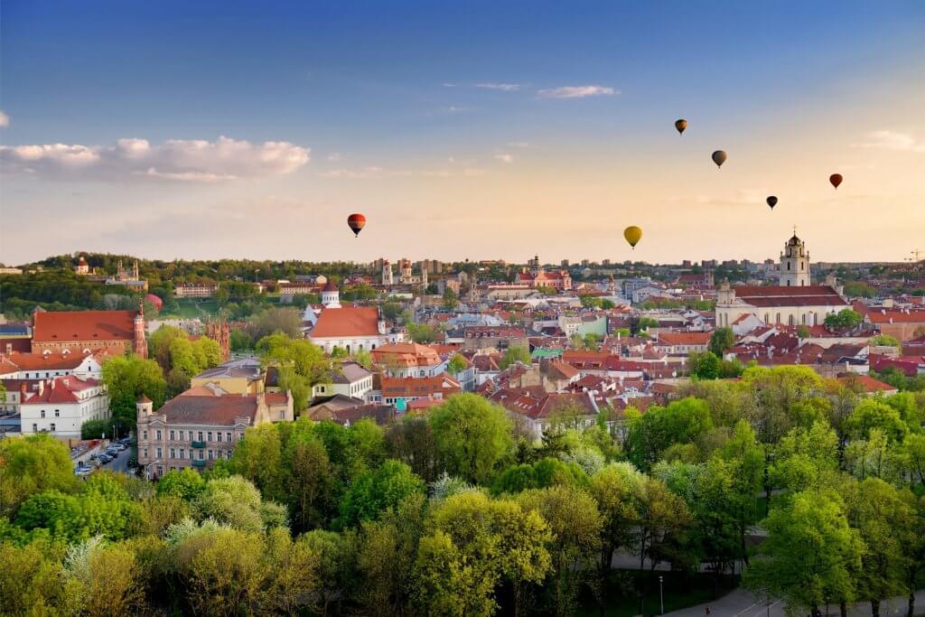 Получаем визу в Литву: какие документы нужны, заполнение анкеты, фото