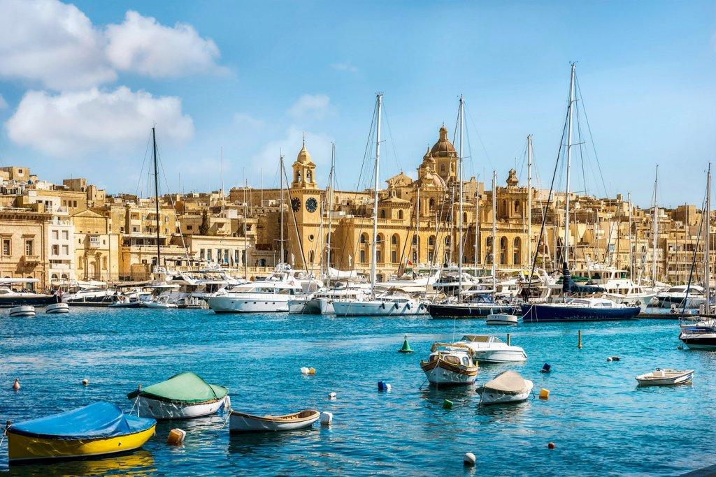 Виза на Мальту россиянам нужна: документы, анкета, фото