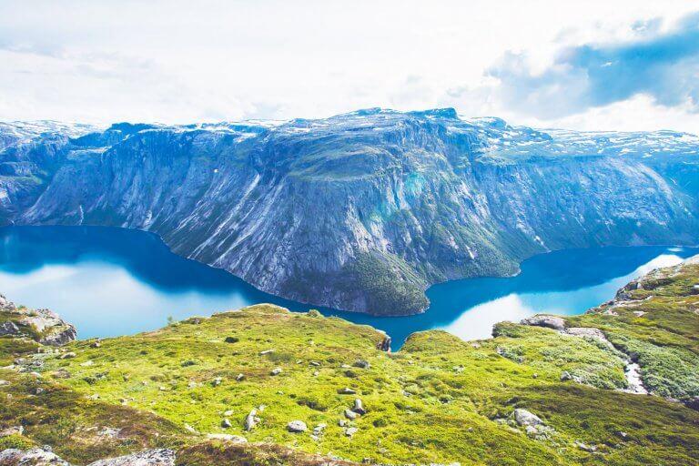 Самостоятельное оформление визы в Норвегию: список документов, заполнение анкеты, фото