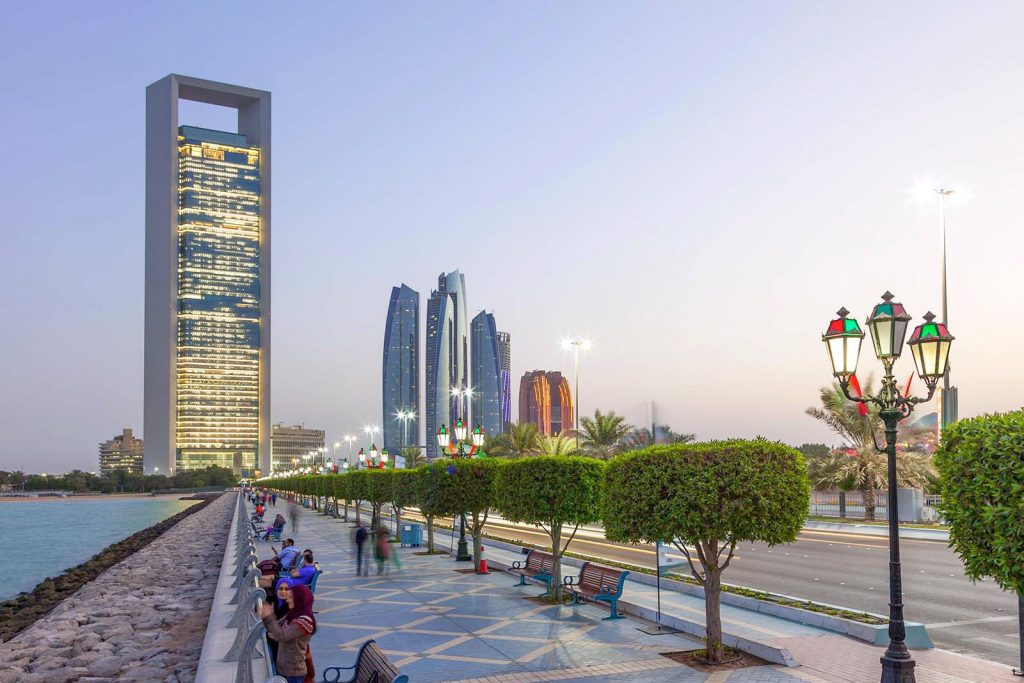 Нужна ли виза в ОАЭ?