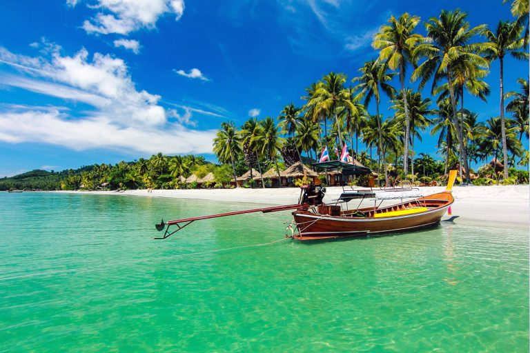 Таиланд: туристам для поездок до 30 дней виза не нужна