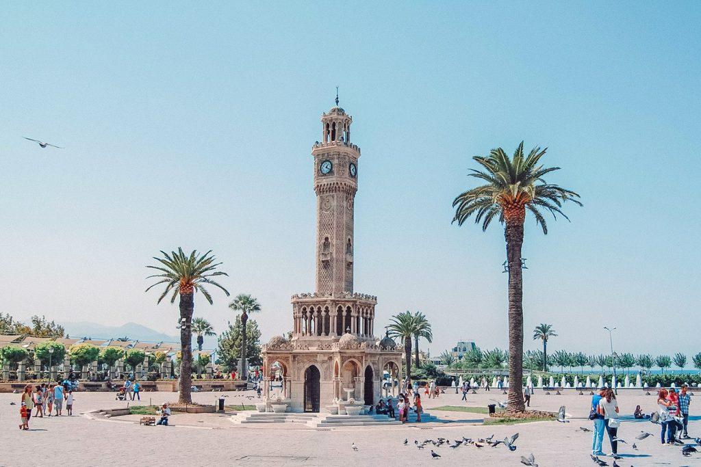 Нужен ли загран в Турцию?