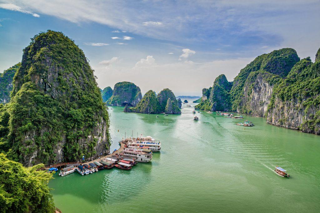 Вьетнам: для поездок до 15 дней россияне визу могут не делать