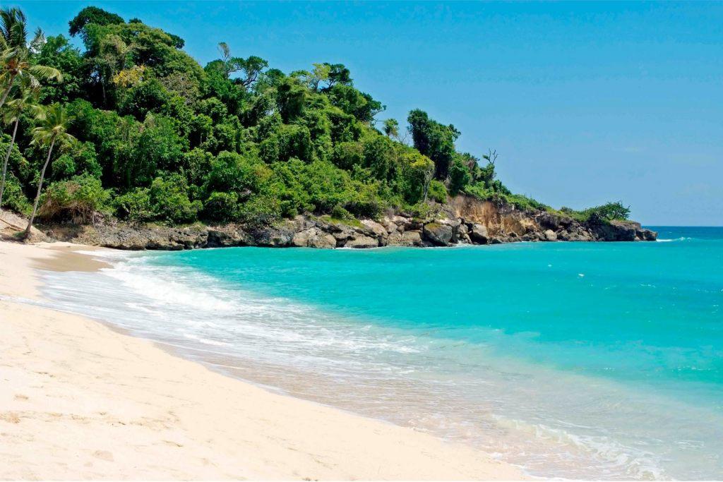 Для поездки в Доминикану понадобится лишь загранпаспорт и $10 за туристическую карту