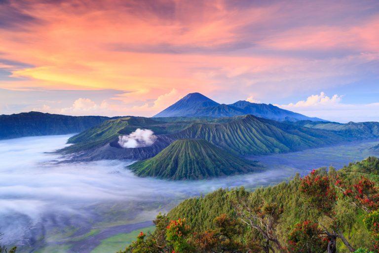 Индонезия для россиян: виза не нужна для поездок до 1 месяца