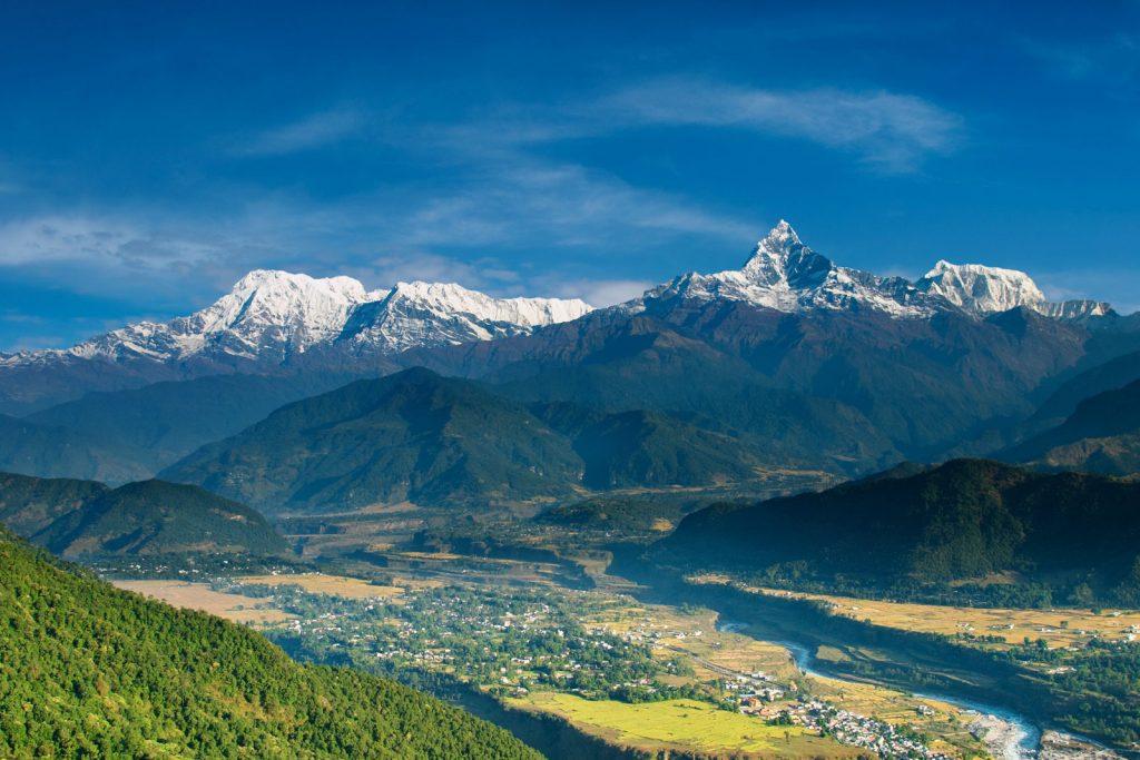 Визу в Непал можно получить прямо в аэропорту, либо оформить заранее