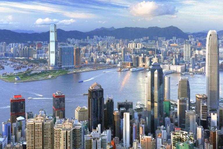Гонконг открыт для россиян: виза не нужна для поездок до 14 дней