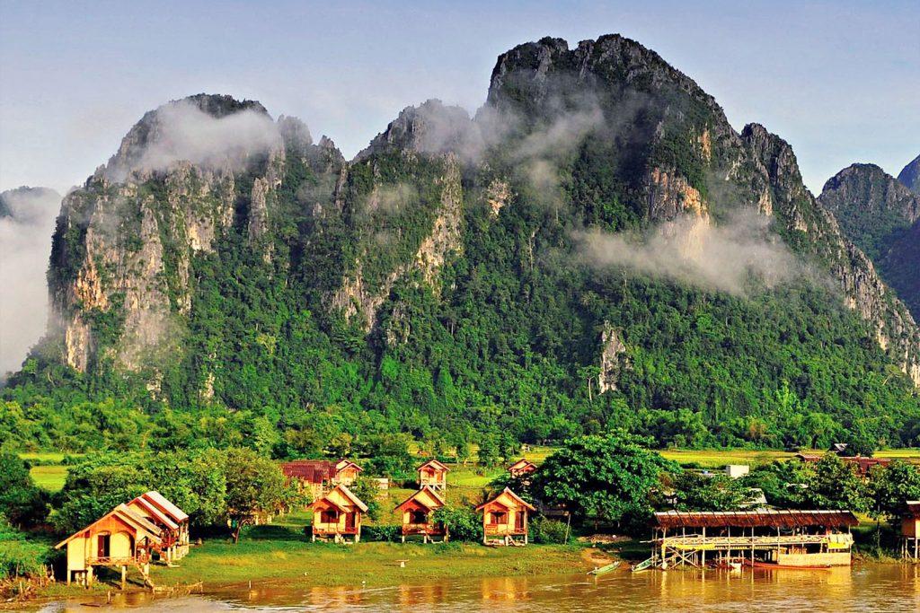 Лаос открыт для россиян: виза не нужна для поездок до 30 дней