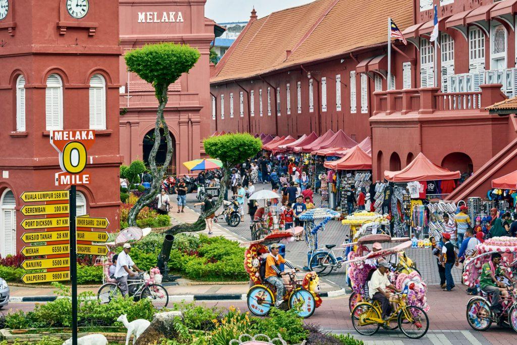 Нужно ли россиянам делать визу в Малайзию?