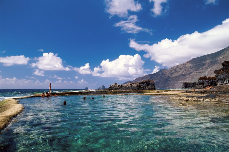 Канарские острова: для въезда нужно оформлять шенгенскую визу