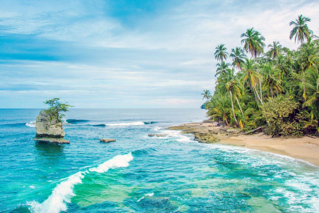 Виза в Коста-Рику не нужна для поездок до 90 дней, нужен только загранпаспорт