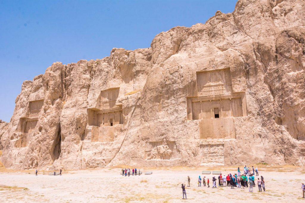 Нужна ли виза для поездки в Иран?