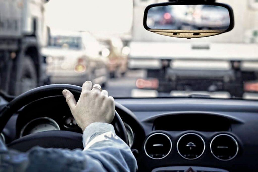 Найти работу водителя в Москве